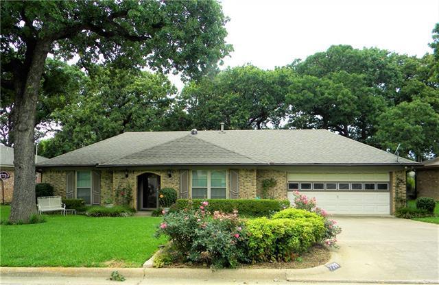 7209 Timberlane Dr, North Richland Hills, TX