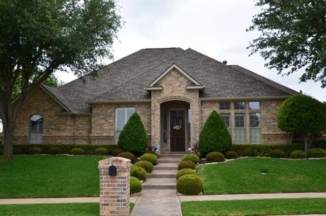 8601 Glenmont Dr, North Richland Hills, TX