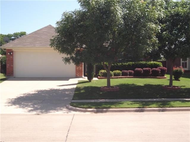 915 Seider Ln, Grand Prairie, TX