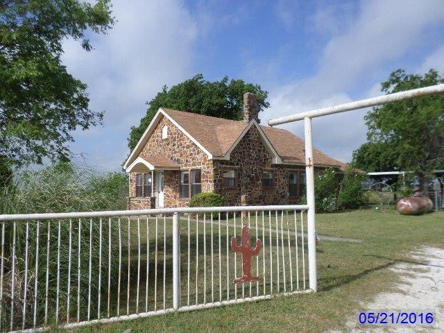 6598 County Road 321, Valley View, TX