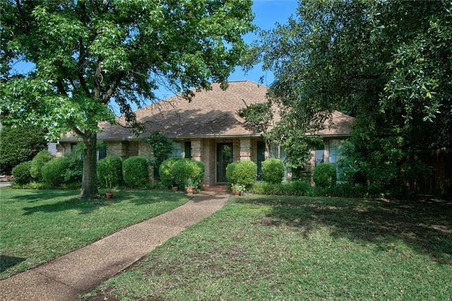 2931 Roaring Springs Rd, Grapevine, TX