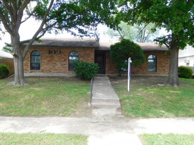 2713 Cedar Elm Ln, Garland, TX