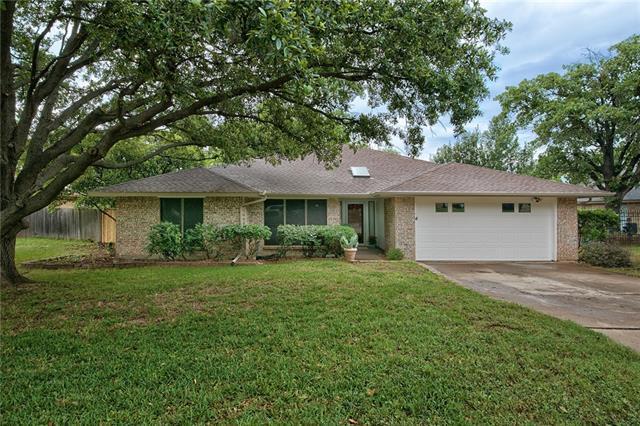5403 Oak Springs Dr, Arlington, TX