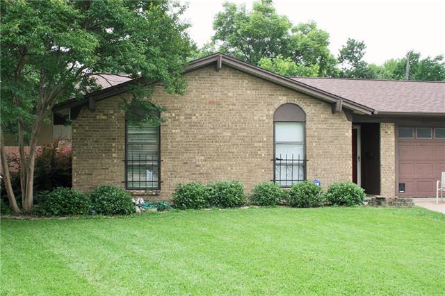 2214 Darrell Ct, Irving, TX
