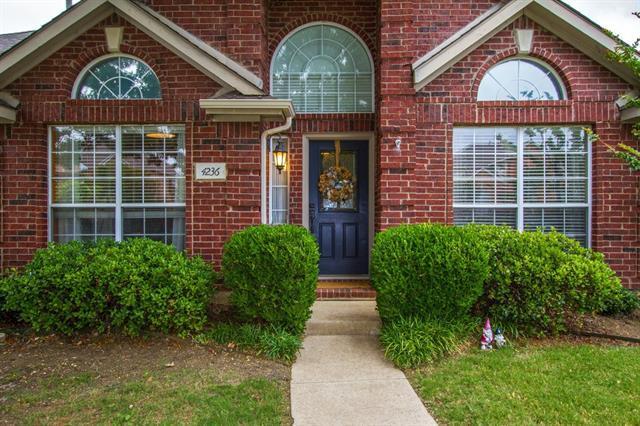 4236 Oak Grove Dr, Carrollton, TX
