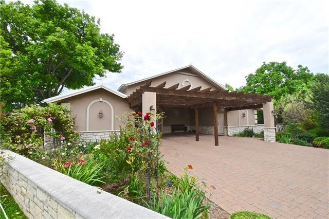 1831 N Harbor Ct, Granbury, TX