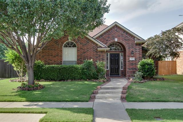 5752 Crestwood Ln, The Colony, TX
