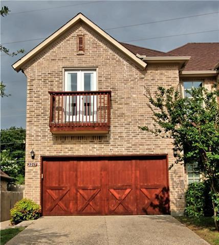 2217 Highland Villa Ln, Arlington TX 76012