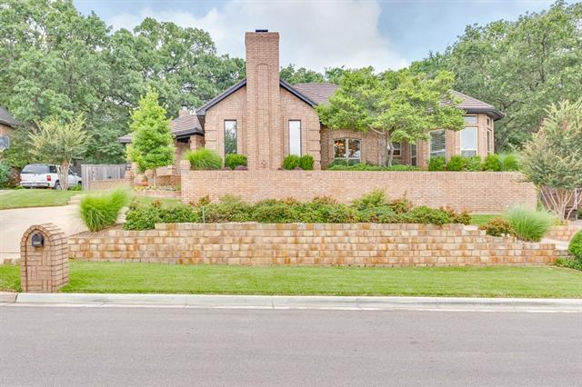 3908 Woodstock Dr, Colleyville, TX