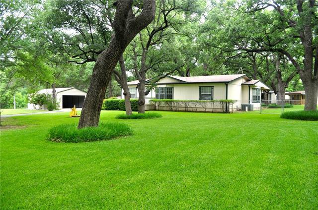 120 S Eastwood Ct, Springtown, TX