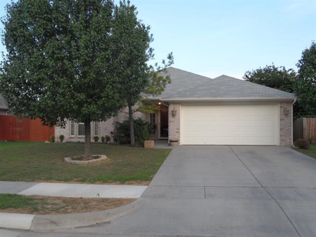 1005 Winepress Rd, Burleson, TX
