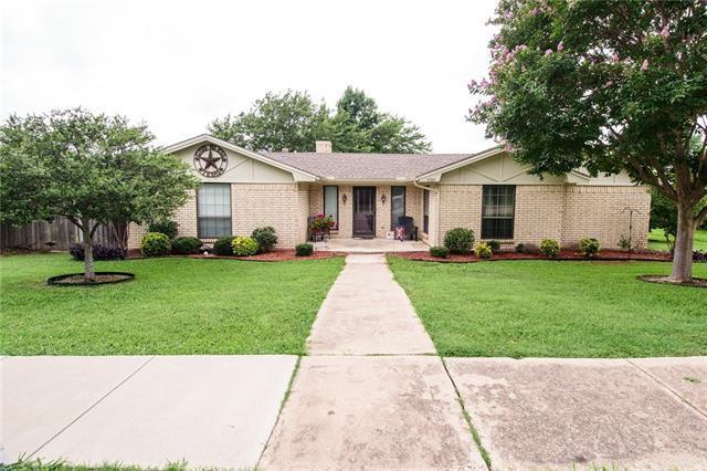 6005 Fawn Valley Ln, Rowlett, TX