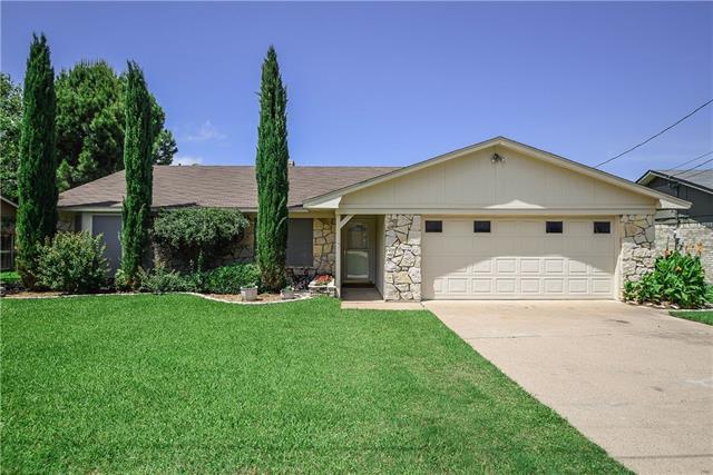 422 Granada Calle Ct, Granbury, TX