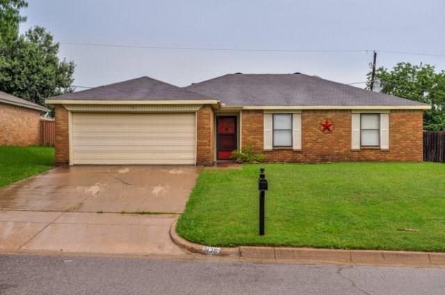 836 Blue Ridge Dr, Burleson, TX