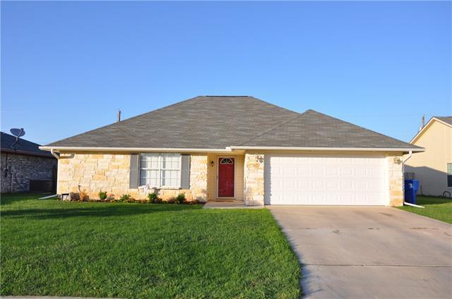 2204 8th St, Brownwood, TX