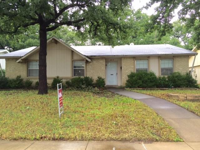 1213 Winterwood Dr, Lewisville, TX