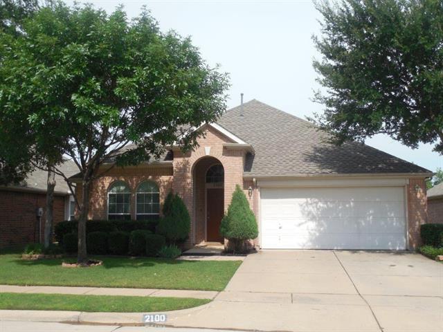 2100 Golden Oak Dr, Bedford, TX