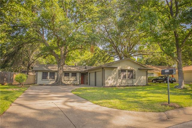 Loans near  Hollywood Dr, Arlington TX