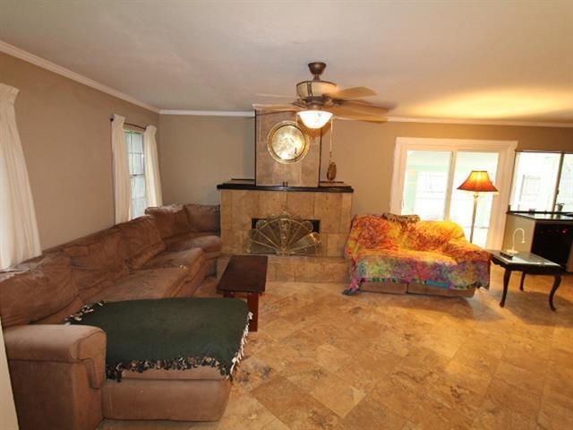 Loans near  Columbine Ln, Grand Prairie TX