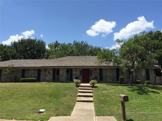 Loans near  Woodridge Cir, Arlington TX
