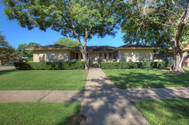Loans near  Dixie Dr, Garland TX