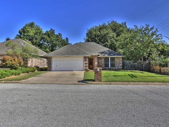 Loans near  Foxfire Dr, Arlington TX