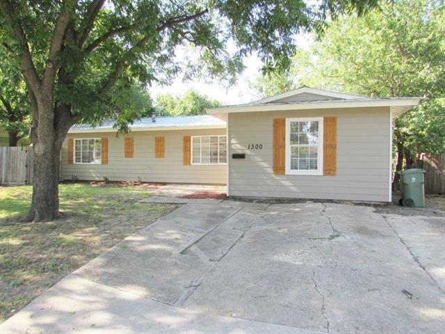 Loans near  Cardinal St, Arlington TX