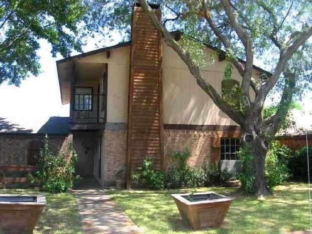 718 Villa Ridge Drive, Garland, TX 75043