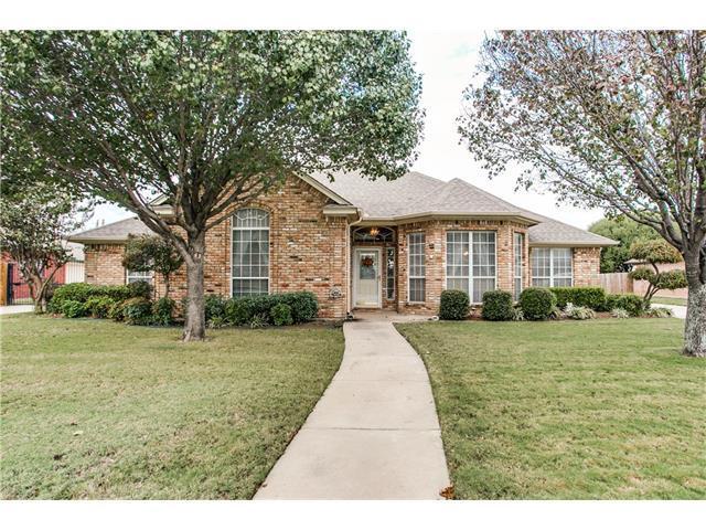 916 Cardinal Ridge Rd, Burleson, TX 76028