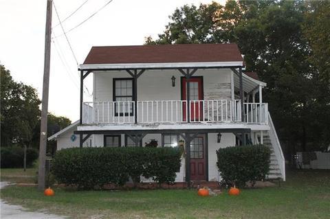1600 Anthony St, Gainesville, TX 76240