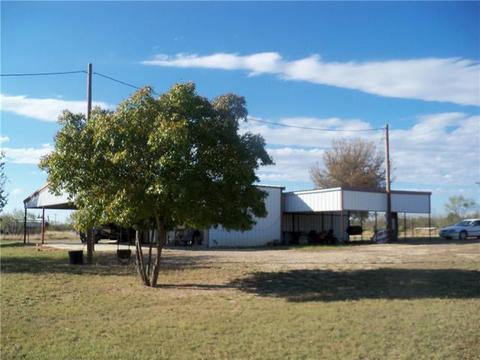 213 Redwire St, Voss, TX 76888