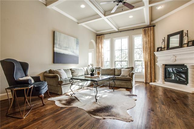 Loans near  Hillcrest Ave , Dallas TX