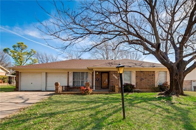 3917 Van Deman Drive, Benbrook, TX 76116
