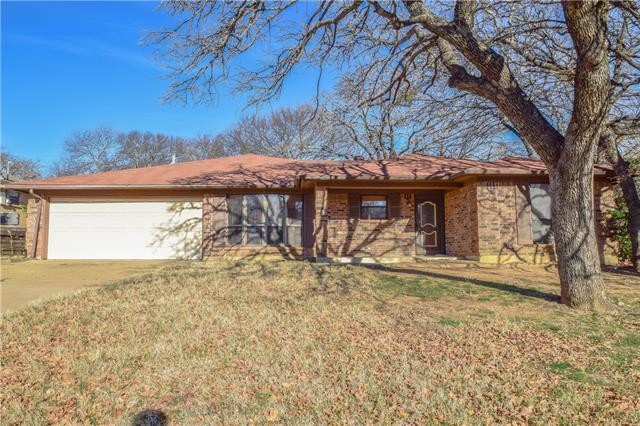 109 Redhaw Ct, Burleson, TX 76028