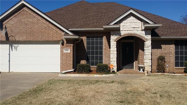 1061 Hollow Creek Rd, Burleson, TX 76028
