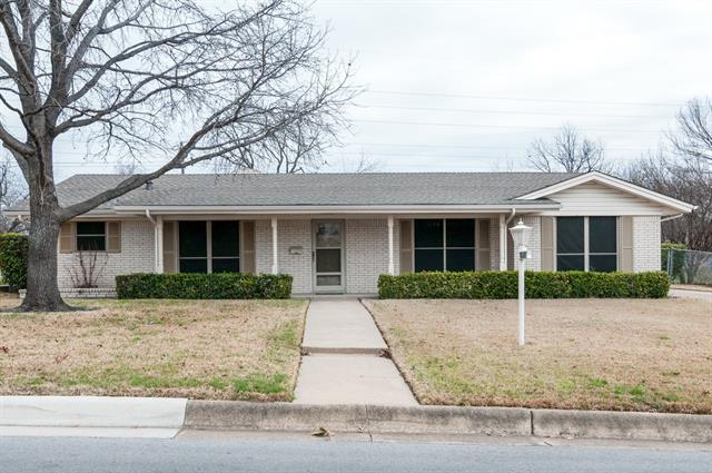 3021 Cortez Dr, Fort Worth, TX 76116