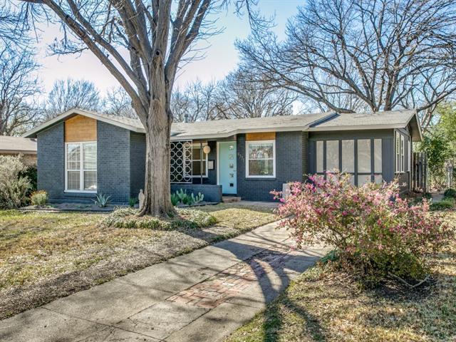 9771 Ash Creek Dr, Dallas, TX 75228