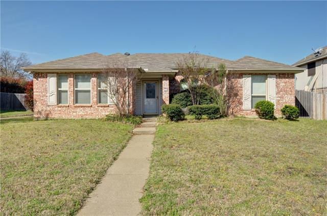 609 Reeves Ln, Kennedale, TX 76060
