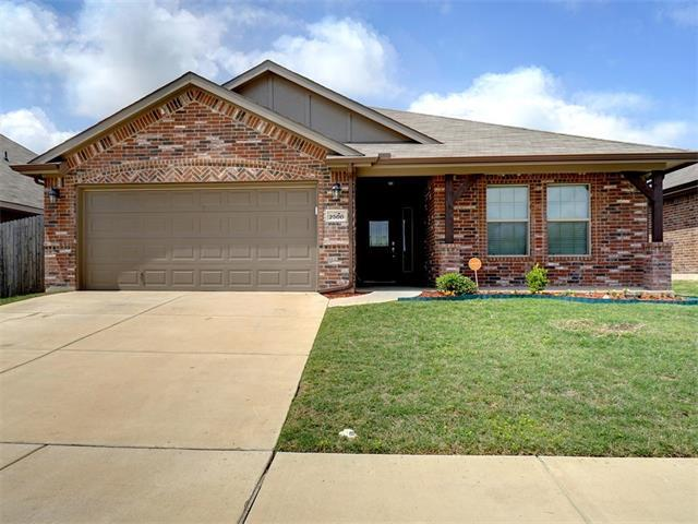 2500 Wakecrest Dr, Fort Worth, TX 76108