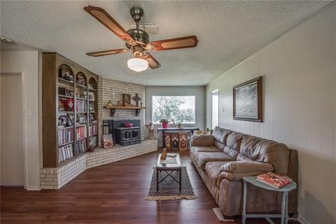 735 Young Bend Rd, Brock, TX 76087