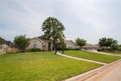1259 Cross Creek Dr, Kennedale, TX 76060