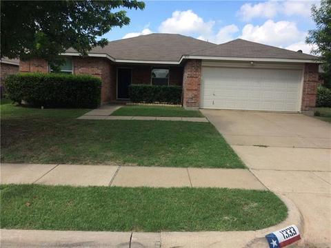 1333 Dandelion Trl, Burleson, TX 76028