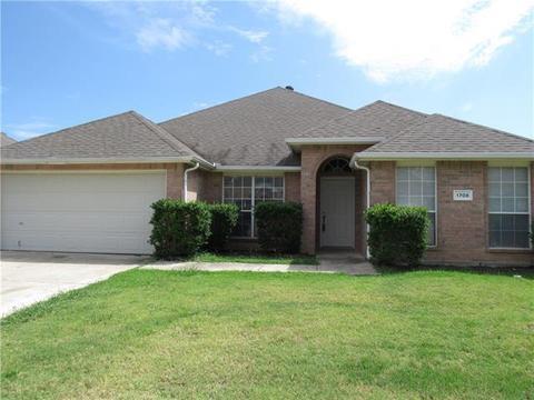 1708 Buena Vista Dr, Denton, TX 76210