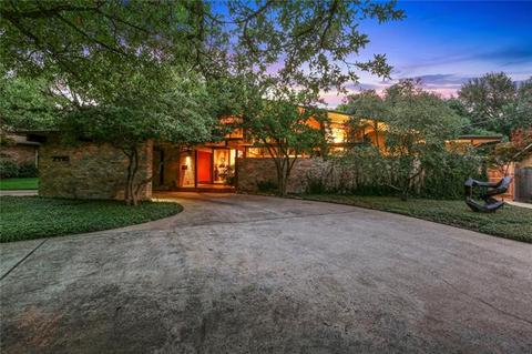 7115 Brookshire Cir, Dallas, TX 75230