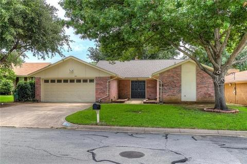 2301 Honey Creek Ln, Arlington, TX 76006