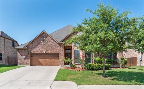 1152 Clairemont Ln, Burleson, TX 76028
