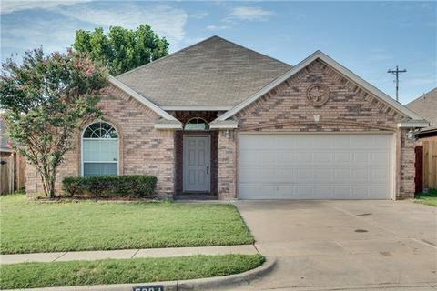 5204 Mirage Dr, Fort Worth, TX 76244