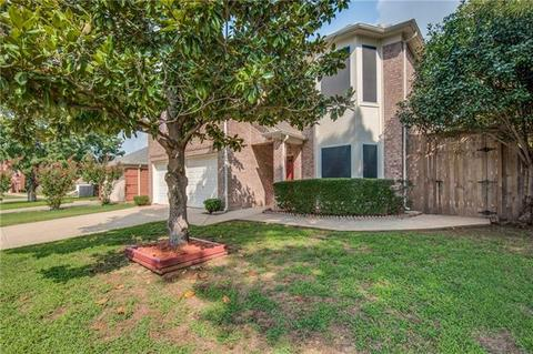 902 Waterford Way, Euless, TX 76039