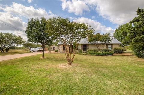 1184 Mcreynolds Rd, Sanger, TX 76266