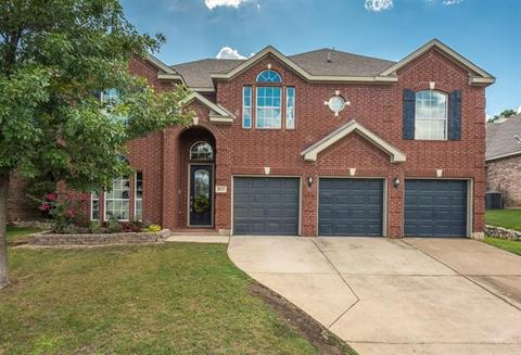 811 Whitley Ct, Kennedale, TX 76060